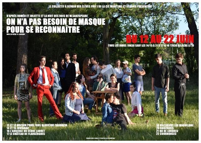Pièce de théâtre dans le parc de l'Auberge